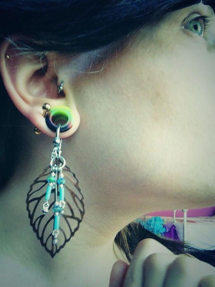 Discounter for cheap piercings, plugs, tunnels, trendy jewellery: huge.