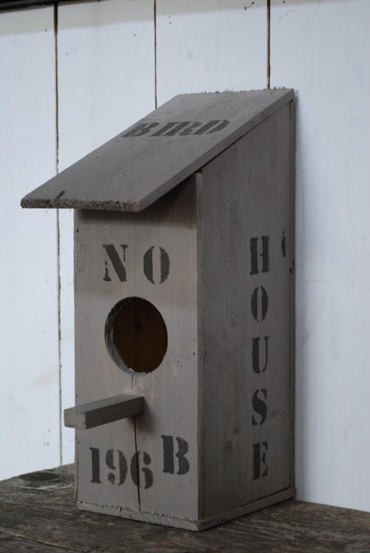 Vogelhuisje met je eigen huisnummer