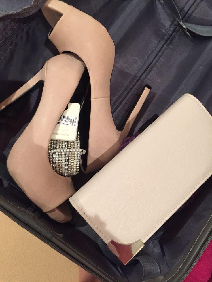 Nude accessories clutch peep toe heels