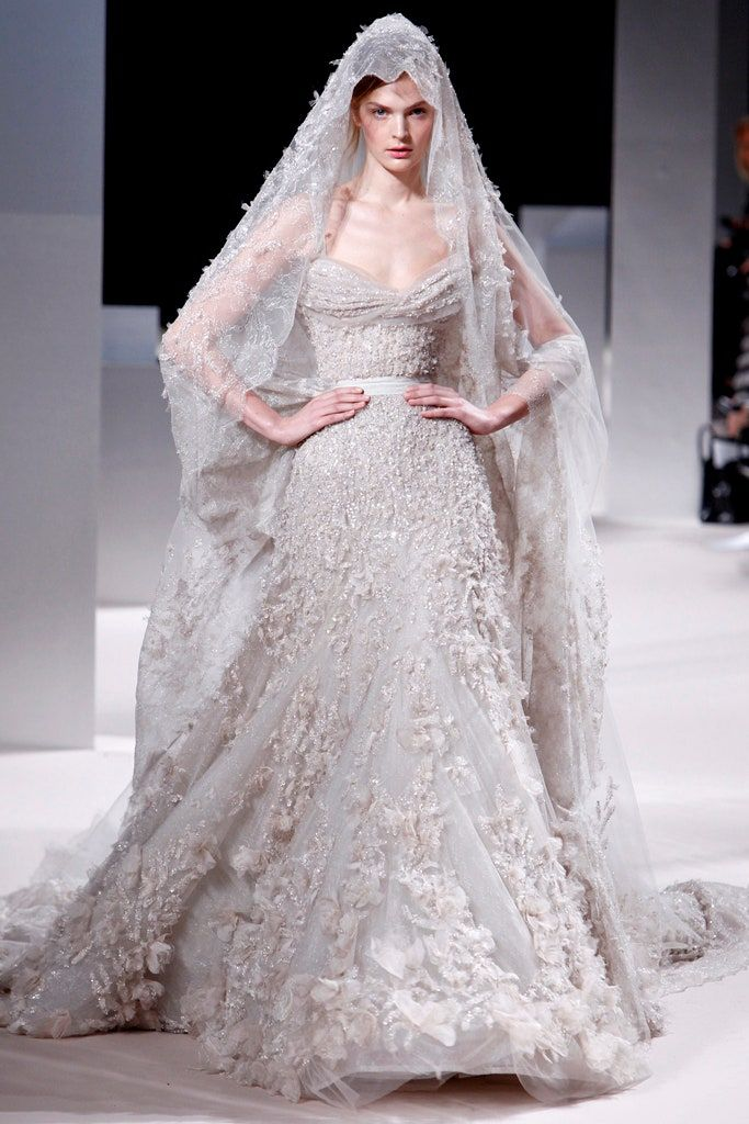 Elie Saab Spring 2011 Couture Fashion Show In 2020 Elie Saab Wedding Dress Trendy Wedding Dresses Wedding Dress Prices