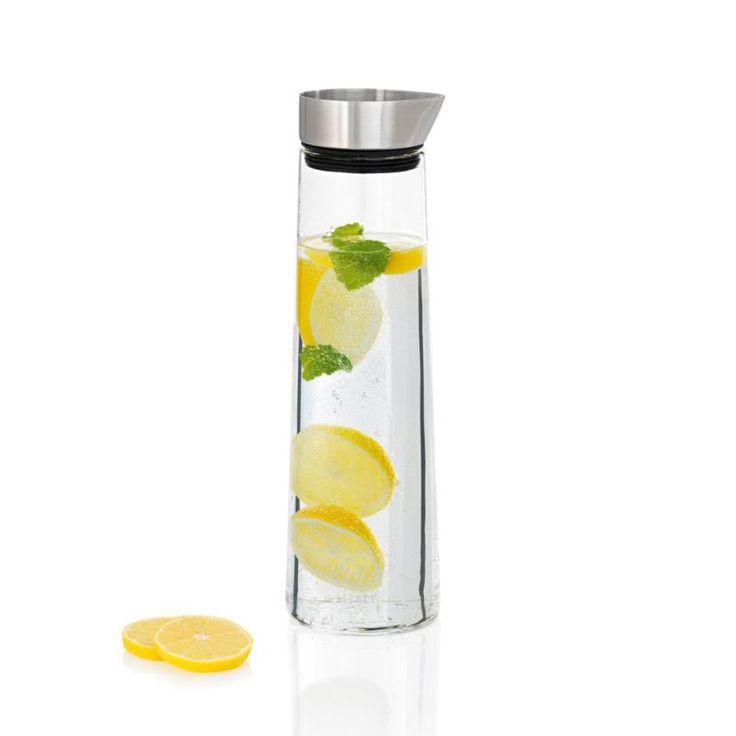 Karafka chłodząca Blomus - DECO Salon. Cooling #glass #carafe. #blomus #water #kitchenaccessories #giftidea #water
