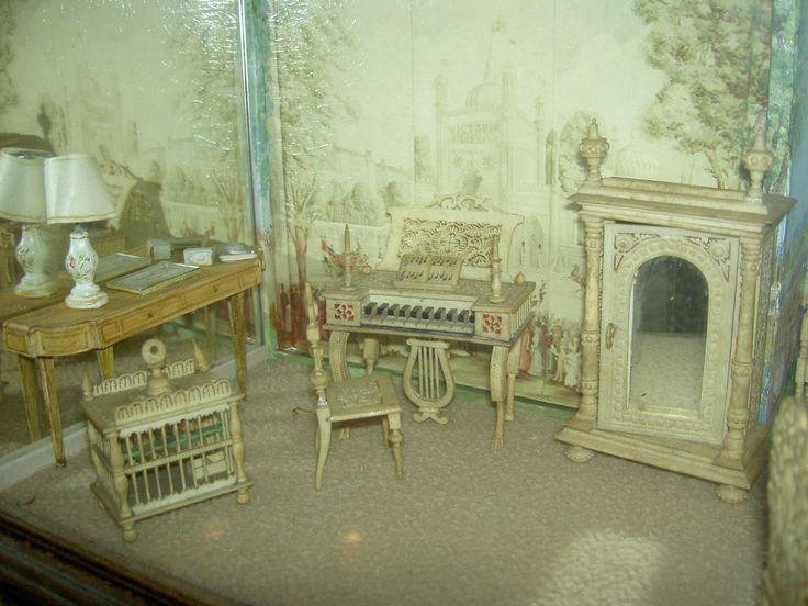 4 pc. KORBI Germany, antique wicker dollhouse furniture set, Karl Schreiter 1920