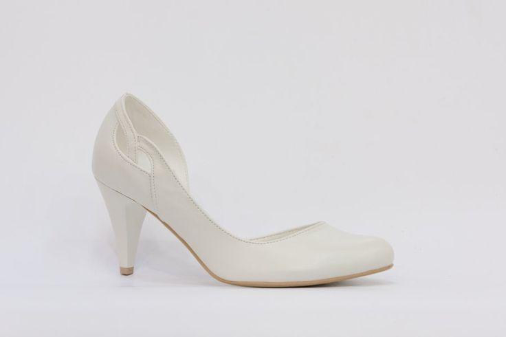Classic Shoes dámská svatební obuv,celokožená, nejpohodlnější svatební boty, nejkvalitnější model svatební obuvi, společenská obuv, svatební střevíce, svatební bílá a ivory obuv, bridal shoes, wedding shoes,