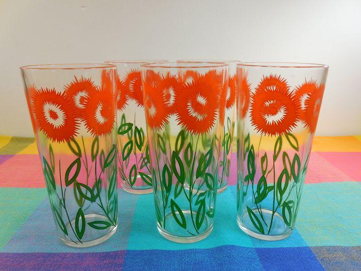 Mid Century Tall 14 Oz Tumbler Drink Glasses - Orange Flower Green Stem Leaves