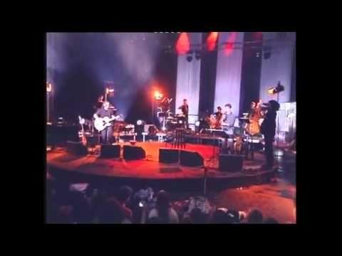 Αλεξίου - Μάλαμας - Ιωαννίδης - Γιατί δεν έρχεσαι ποτέ (Όταν σε θέλω) - Live - YouTube