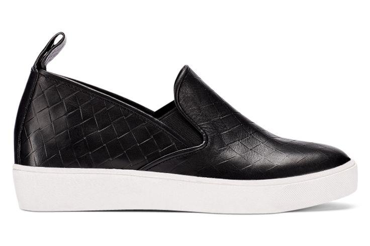 SARAZEN   Available at... US retailers: Nordstrom Direct / Zappos / DNA Footwear / Heels(.com)   UK/EUR retailers: Zalando / De Bijenkorf / Tower London / Ahlens / Bank Fashion   CAN retailers: Little Burgundy Online / HBC