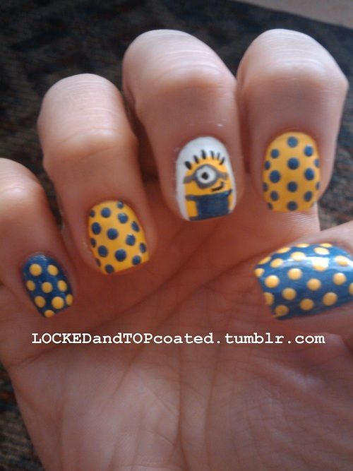 Day 11: Polka Dot Nails  And a little minion too :o)