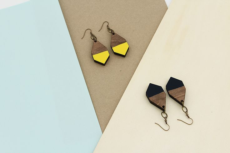DIAMANTE earrings in Yellow and Emerald by MOIMOI Accessories