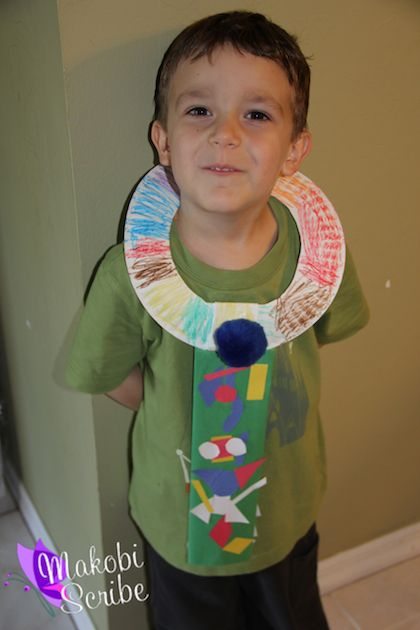 Easy Paper plate Fathers Day craft for preschool kids. You can find instructions for this easy craft for kids here: http://makobiscribe.com/fathers-day-paper-plate-craft-tie/
