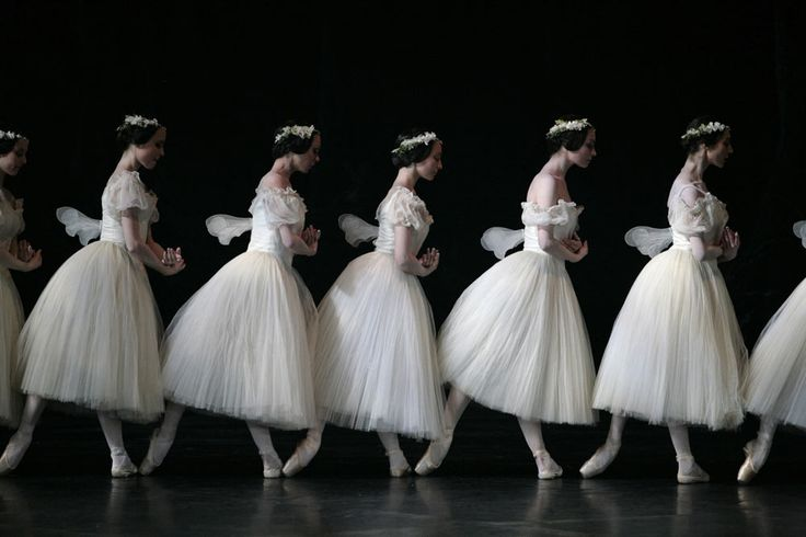 http://dancetabs.com/wp-content/uploads/2012/07/sm-giselle-5-wilies-side-on_1000.jpg                                                                                                                                                                                 Más