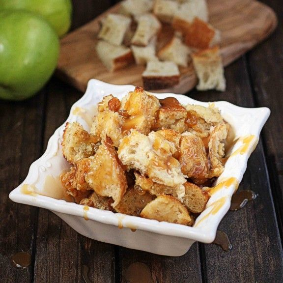 Boozy Caramel Apple Bread Pudding - The Hopeless Housewife®