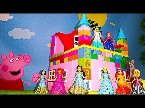 Принцессы Диснея ЗАМОК ПРИНЦЕССЫ  большой домик для девочек Настя собирает игрушечный домик из лего