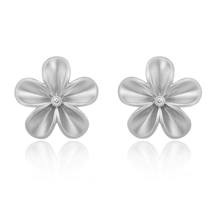 Fiorella Earrings Matte. Sandblasted 925 sterling silver with white rhodium plating.  2 brilliant diamond - 0.03 carat (full cut).