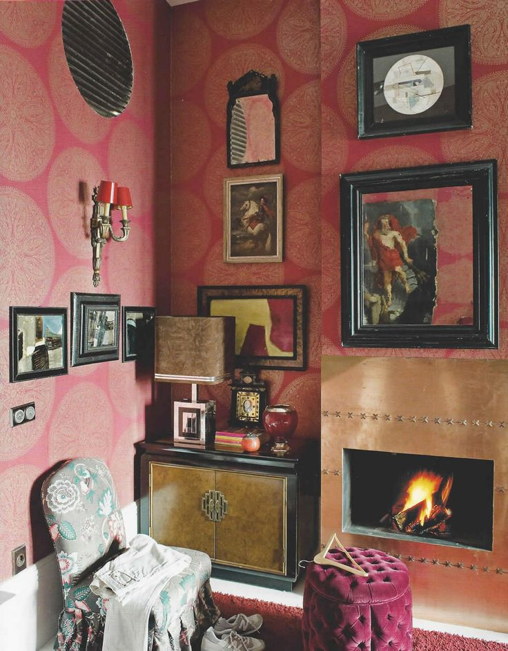 Madrid apartment by lorenzo castillo interiors objets d for Pink living room wallpaper