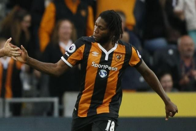 Hull City striker Dieumerci Mbokani has been ruled out for up to six weeks after picking up a hamstring strain.