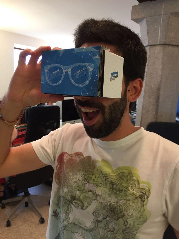 """Sono arrivati! I nuovi #Cardboard """"griffati"""" iVision Group, per regalarvi eccezionali tour in realtà virtuale grazie ai contenuti e alle applicazioni che svilupperemo per voi. Ne vedrete delle belle!   #iVisionGroup #digitalife #digitaladventure #realtàvirtuale #newtechnology #google"""