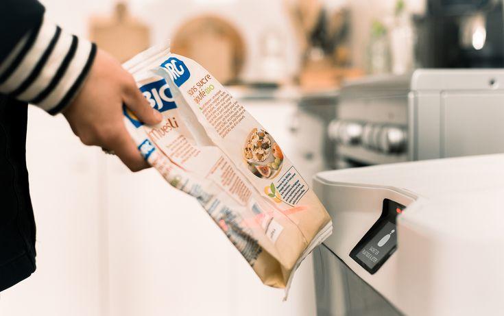 Eugène : la première poubelle connectée qui vous aide à trier et réduire vos déchets | NeozOne http://www.neozone.org/ecologie-planete/eugene-la-premiere-poubelle-connectee/