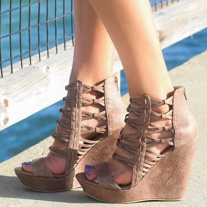 22 besten Over the Knee Sandals Bilder auf Pinterest | Gladiatoren ...