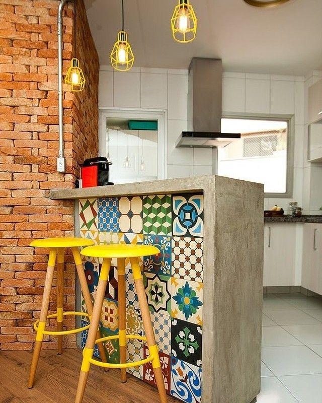 """10.7 mil curtidas, 101 comentários - Revista Arquitetura&Construção (@revistaaec) no Instagram: """"#meuprojetonaaec: o projeto de hoje é esta cozinha projetada pelo escritório d.Lanz Arquitetura…"""""""