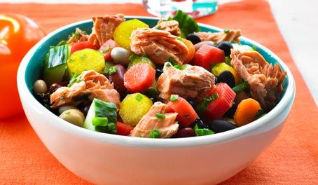 Make Life Easy with this Salmon and 6 Bean Salad recipe! LIKE us at https://www.facebook.com/goldseal
