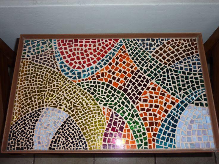 Mesa de mosaico mis vitrales y mosaicos pinterest for Mesas de mosaico