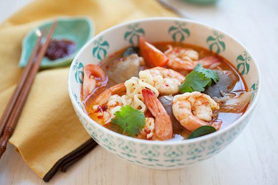 15 minute tom yum noodle soup noodles dish soups noodles noodles ...