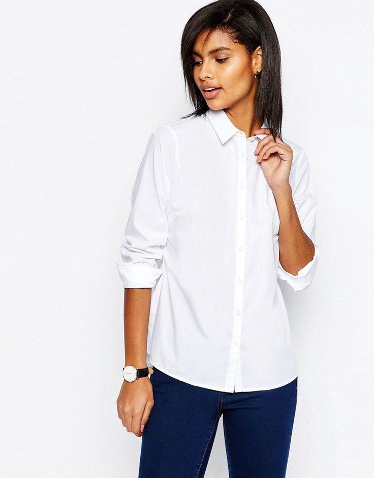 Базовый гардероб парижанки. 10 вещей для максимального числа разных образов: белая рубашка, брюки-сигареты, черный пиджак и другие базовые предметы.