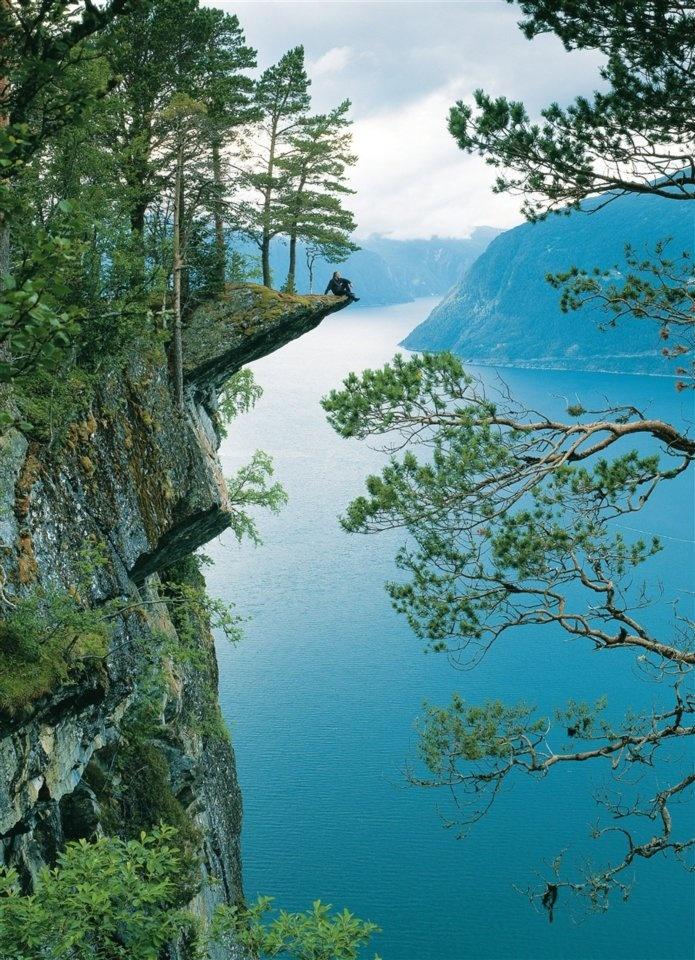 Norway fjords. #ofertravel #fiordos #Noruega