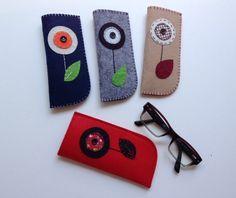 Çiçekli Kırmızı Gözlük Kılıfı. 229602 | zet.com