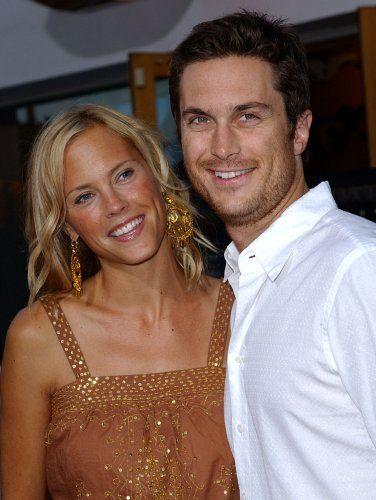 Oliver Hudson & wife Erinn Bartlett - actress