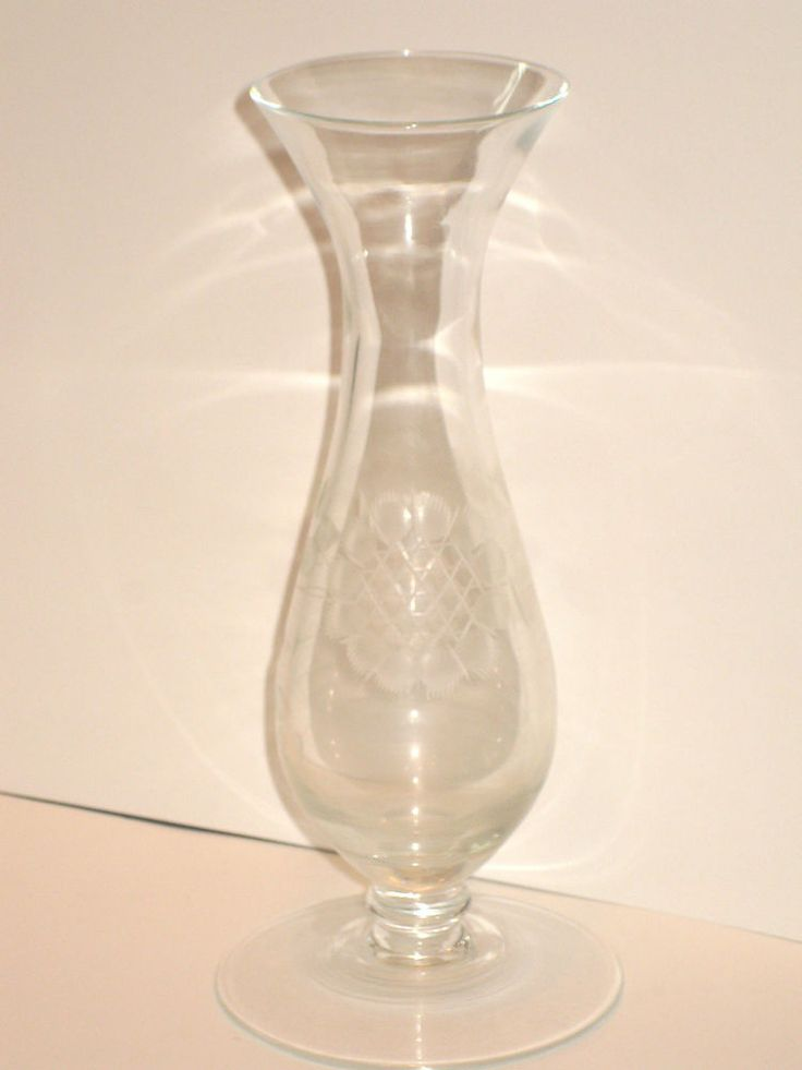 WJ HUGHES - Cornflower Crystal - 12 petals - smooth - FOOTED BUD VASE - 34A