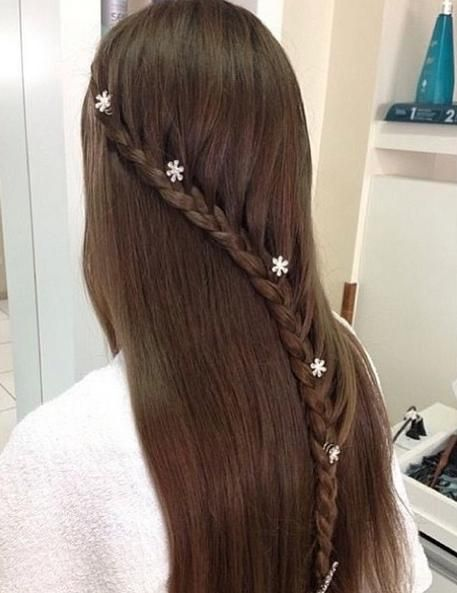 Lace braid with accents