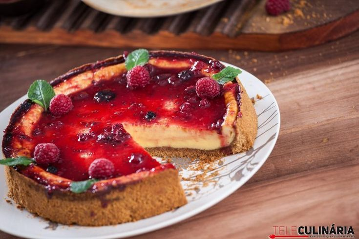 Cheesecake frutos vermelhos no forno