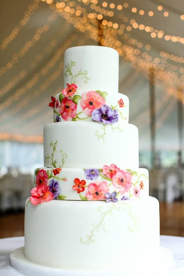 Beautiful painted wedding cake based on the stationary designs.