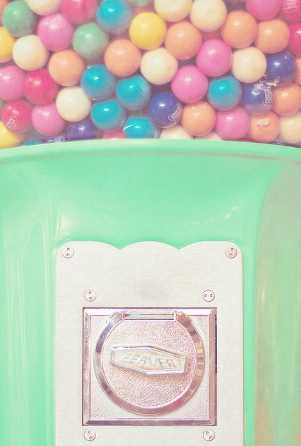 colorful gumballs phone #Phone Wallpaper| http://phonewallpaperideaseugene.blogspot.com