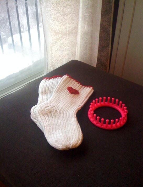 Raggsockor stickde med quick knitt. Quick knitt socks.