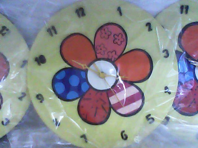 Relógio de Parede feito com disco de Vinil