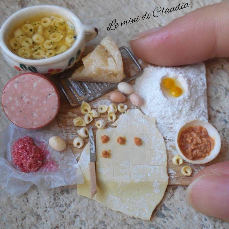 いいね!1,337件、コメント47件 ― Le Mini Di Claudiaさん(@leminidiclaudia)のInstagramアカウント: 「Tortellini  #dollhouseminiatures #miniaturefood #leminidiclaudia #tortellini」