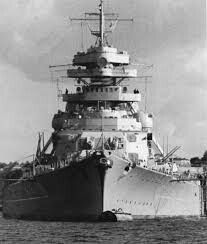 BISMARCK.THE BIGGEST WAR SHIP IN WW2