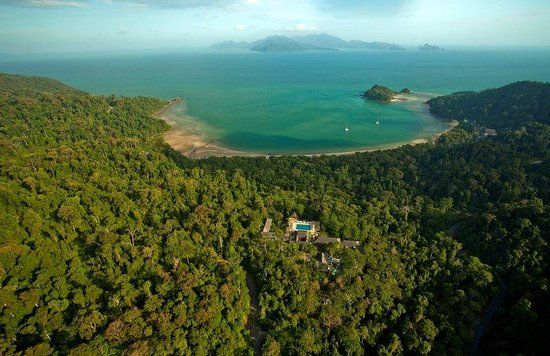 The Datai is currently ranked #1 of 2 hotels in Datai, Langkawi and recieves a very impressive 5 stars from 2188 reviews!! #thedatai #langkawi #malaysia #boutiquehotel #forest #nature #beach #luxury #holiday #retreat