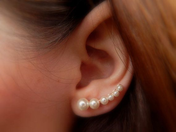 earrings that go up the earlobe 17 best ideas about pearl embroidery on beaded 763