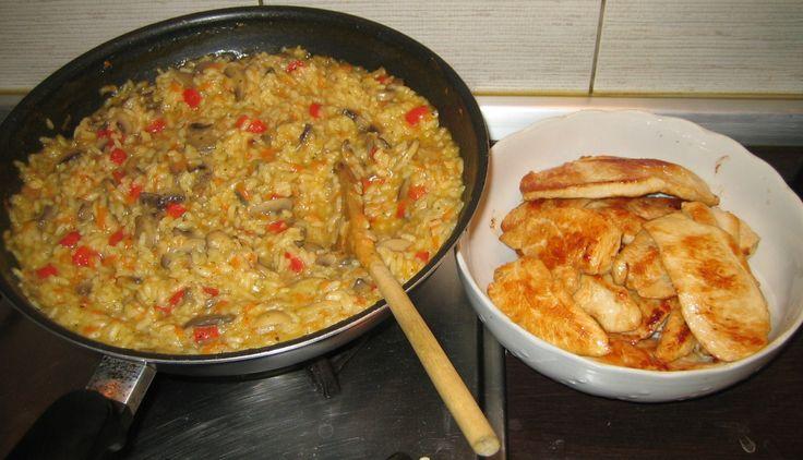 Reteta culinara Garnitura orez cu legume si ciuperci din categoria Aperitive / Garnituri. Cum sa faci Garnitura orez cu legume si ciuperci