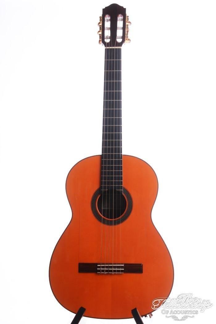 Hermanos Conde model EF-5N Flamenco Negra gemaakt in 2007. Een geweldig Flamenco model met een massief Indisch Palissander klankkast, massief Duits sparren bovenblad, ebben toets en palissander brug.