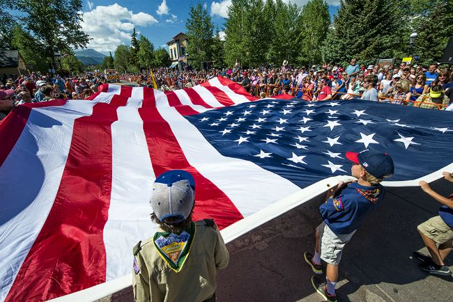 Top 10 Fourth Of July Patriotic Parades Images on 2017 Independence Day