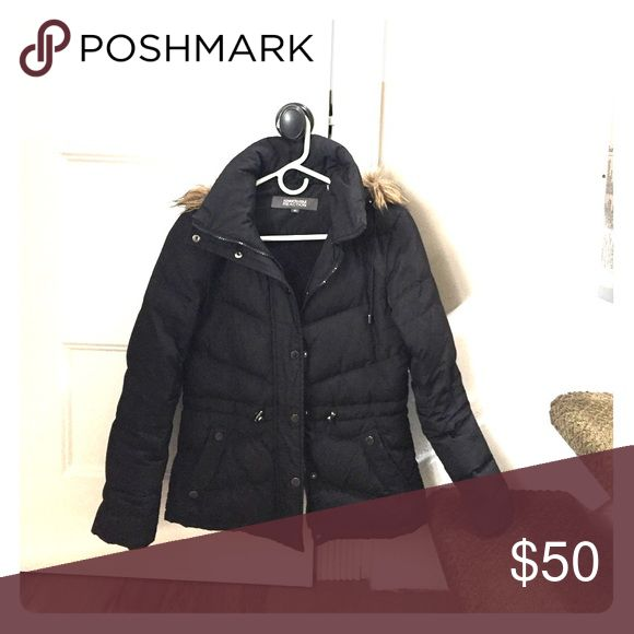 Kenneth Cole Reaction puffer jacket Warmest puffer jacket in black hardly worn Kenneth Cole Reaction Jackets & Coats Puffers