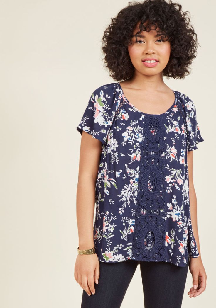 Park Who Goes There Top in Blue Floral