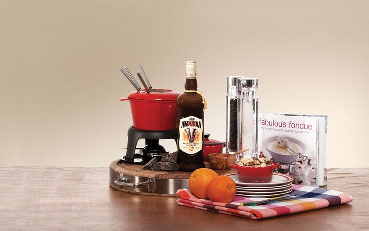 The African Original Fondue Selection - This decadent selection of flavour and creativity will make for a fabulous fondue evening. A loved one can enjoy the unique taste of Amarula while preparing a deliciously traditional fondue with The African Original Fondue Selection Hamper. Complete this gift with a copy of the Fabulous Fondue cookbook. Get inspired here www.amarula.com/gifts