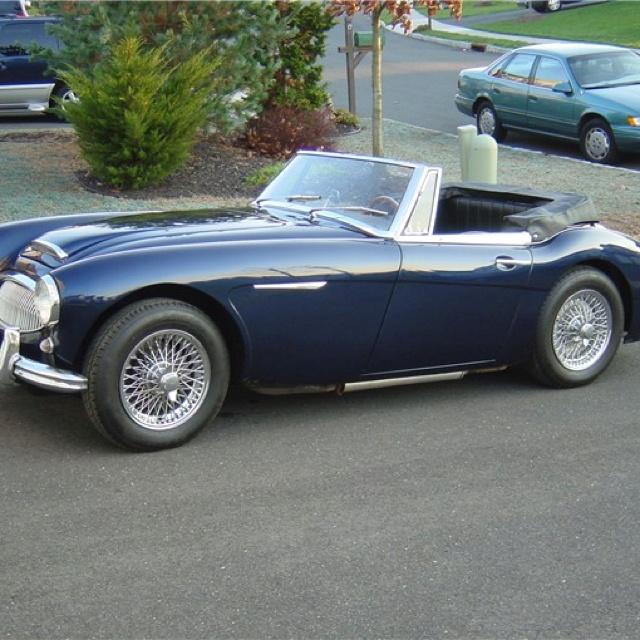 Aston Healey 3000