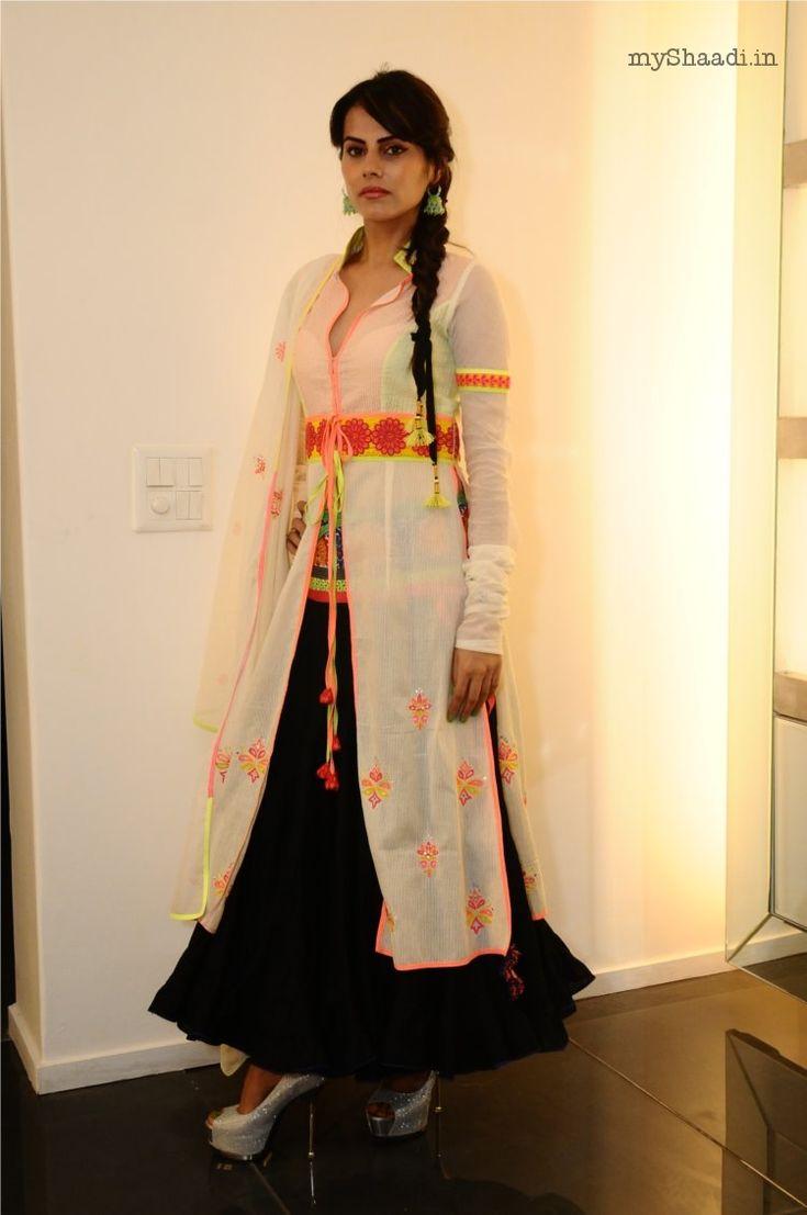 indian bridal wear by vvakalma by kamaall dixsit varruna kapur myshaadiin
