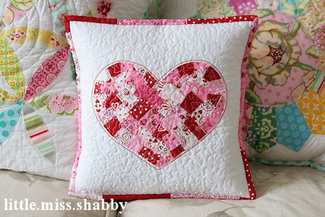 Shabby Heart Pillow tutorial || Little Miss Shabby